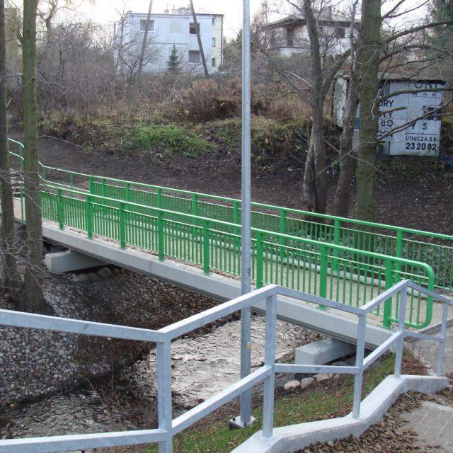 Budowa kładki dla pieszych w m. Gdynia nad rzeką Kaczą