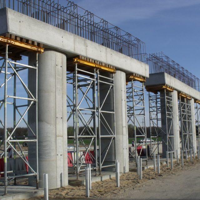 Budowa wiaduktu WD-72 nad Autostradą A1 w m. Warlubie
