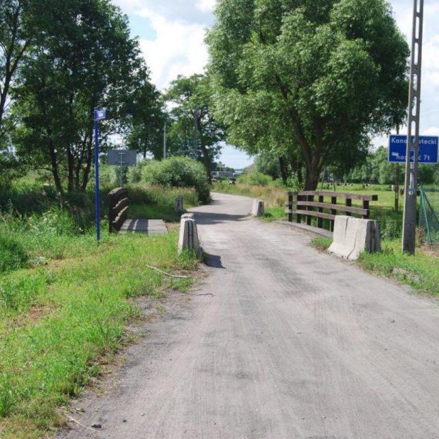Budowa mostu w m. Przyłęki wraz z drogami dojazdowymi